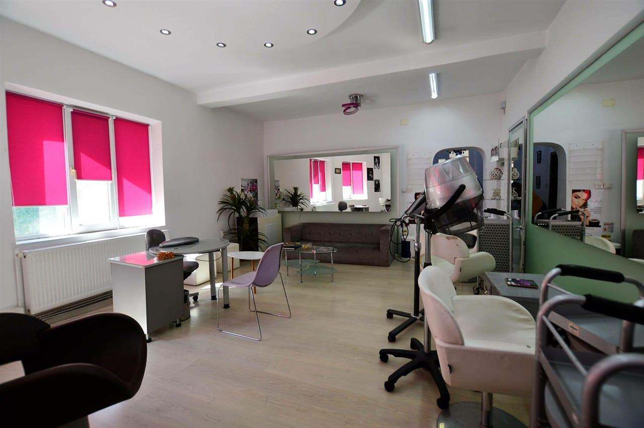 Salon Infrumusetare Zona Elisabetinrebreanu Danser Imobiliare 1426